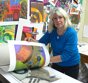 Tessa-Pearson-in-her-studio