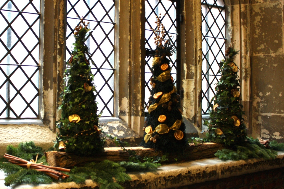 hampton-court-christmas-trees