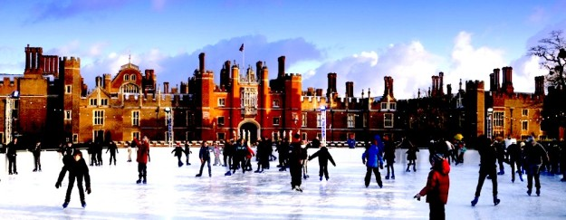 hampton-court-panorama